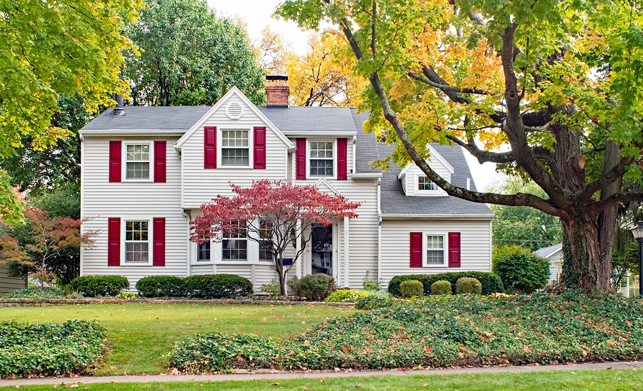 Our Top Reasons for Buying a Home in the Fall